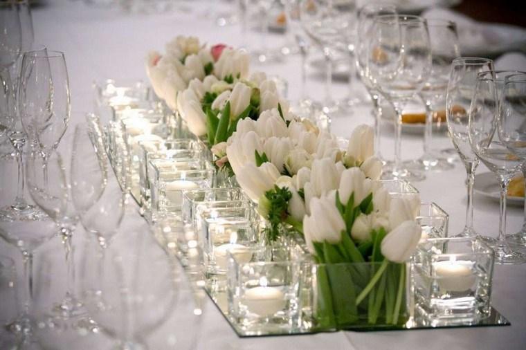 centros de mesa para boda-tulipanes