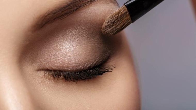como-maquillar-ojos-parpados-caidos-tutorial