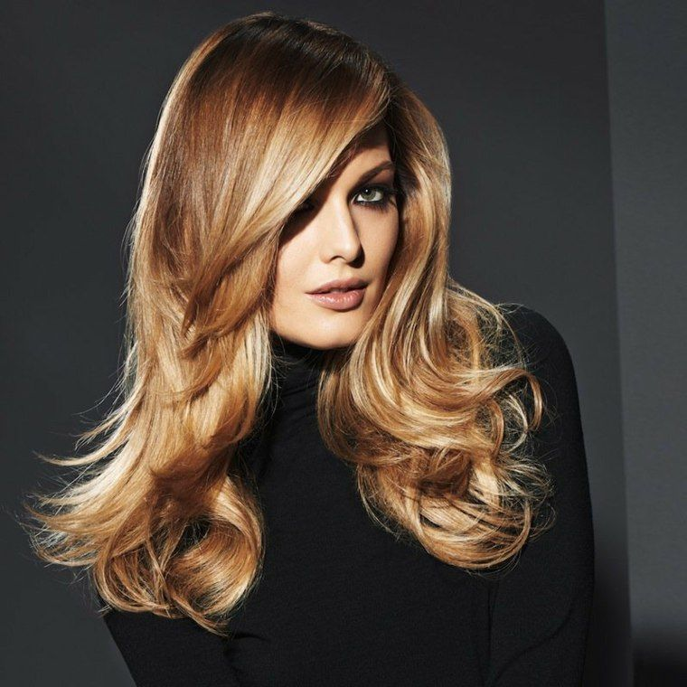 corte de pelo a capas-largo-bonito