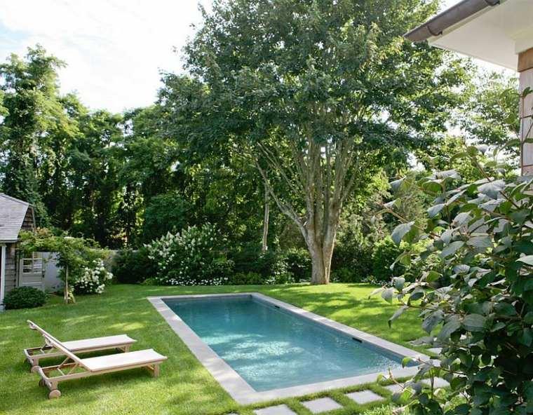 diseño de jardines pequeños con piscina-modesta