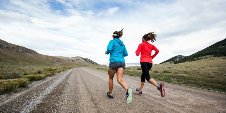 dos-mujeres-corriendo