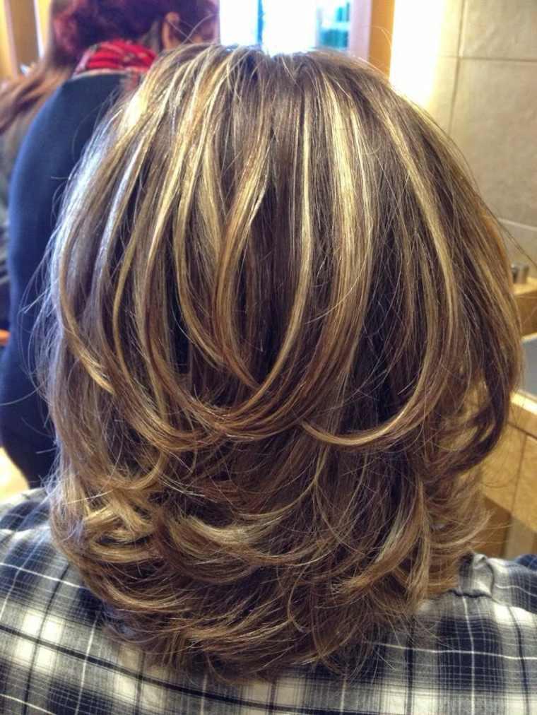 peinado en capas