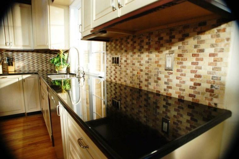 Encimeras de cocina tipos de materiales y consejos - Materiales para encimeras cocina ...