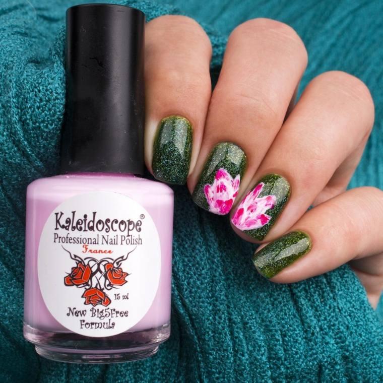 flores-bellas-unas-decoracion-manicura