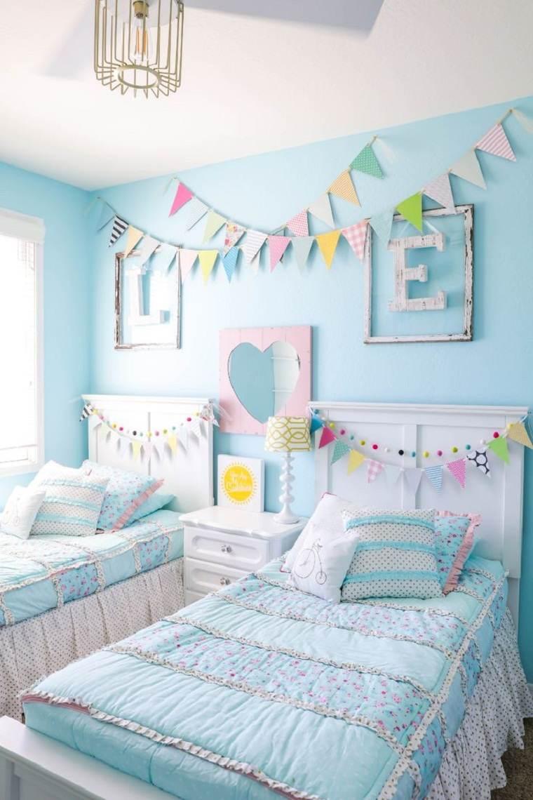 habitación infantil celeste