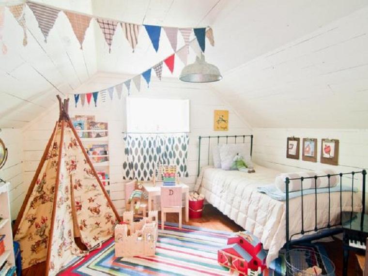 habitación infantil con tienda india