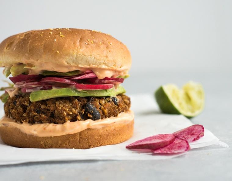 hamburguesa vegana con-chili