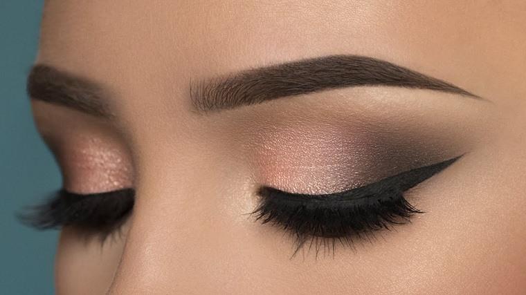 maquillaje-de-ojos-ahumados-opciones-marron