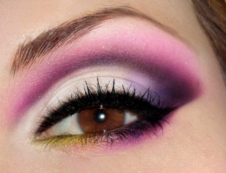 maquillaje-de-ojos-ahumados-opciones-rosa-purpura