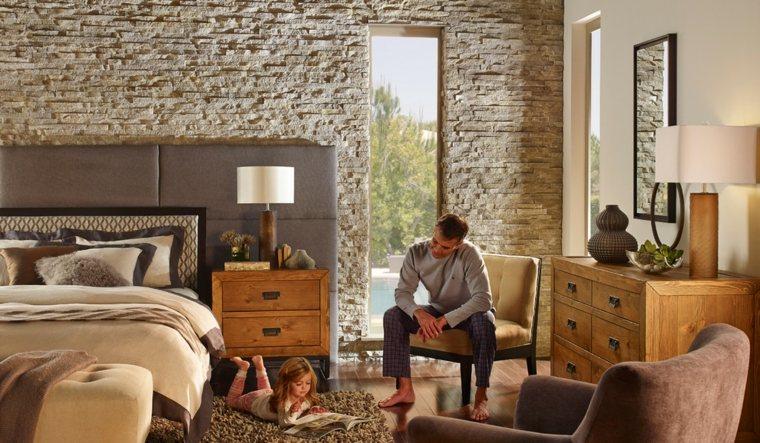pared habitación de piedra