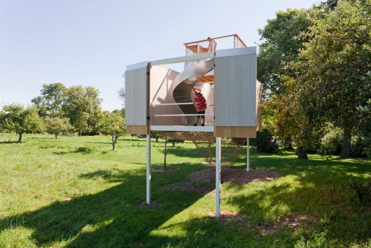 construir casitas en el árbol para niños