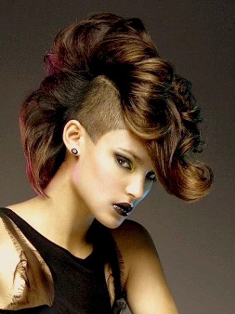 peinado mohicano chica
