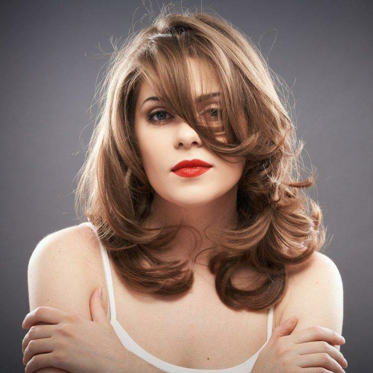 peinados media melena-mujeres-modernas-resized