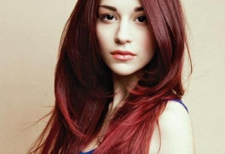 pelo-escalado-rojo-largo