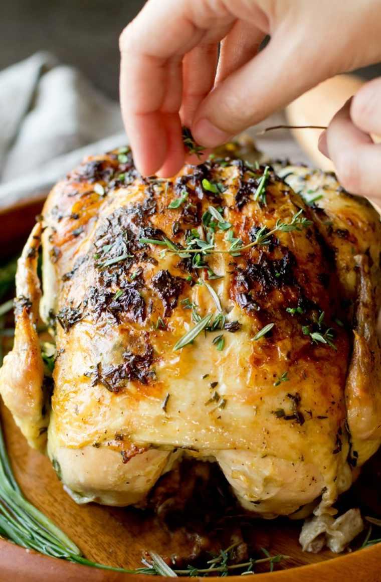 delicioso pollo asado con mantequilla