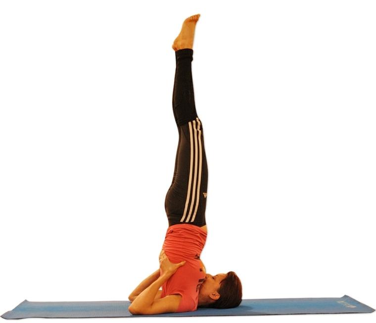 posiciones de yoga-sarvangasana