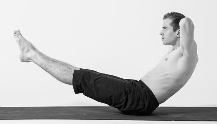 posturas de yoga-paripurna-navasana