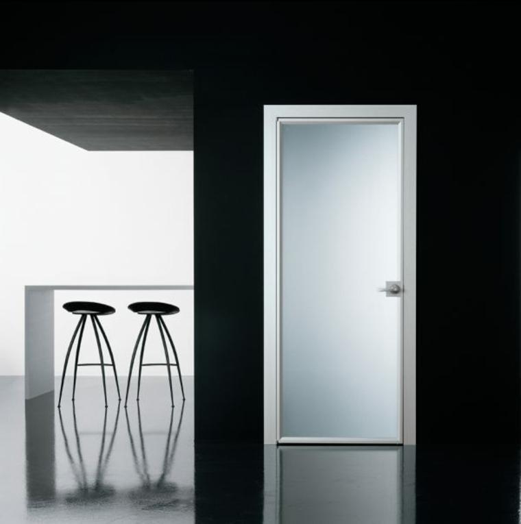 puertas de entrada-blanco-negro