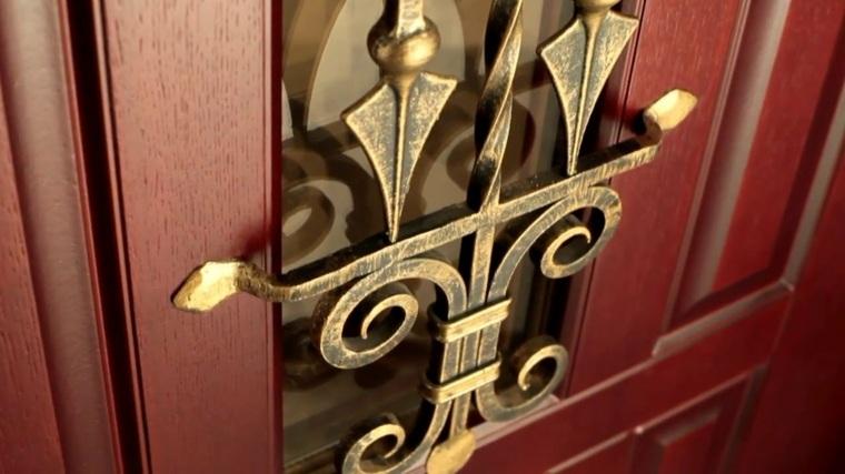 puertas de entrada de madera-decoracion-metal
