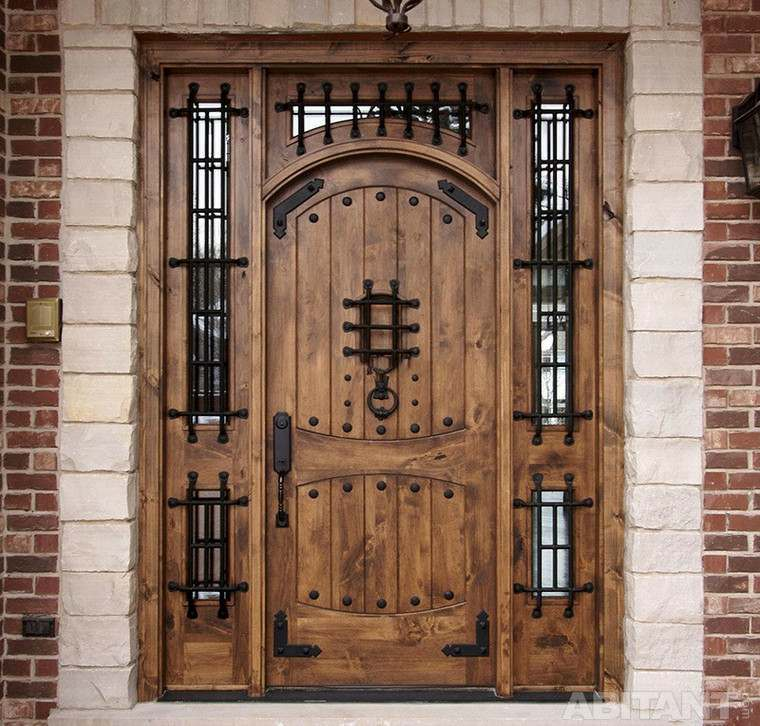 Puertas de entrada sus tipos y caracter scitas para pisos for Aislar puerta entrada