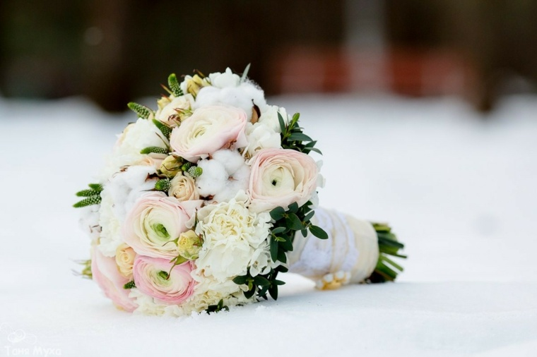 ramos de novia originales-flores-blancas-romanticas