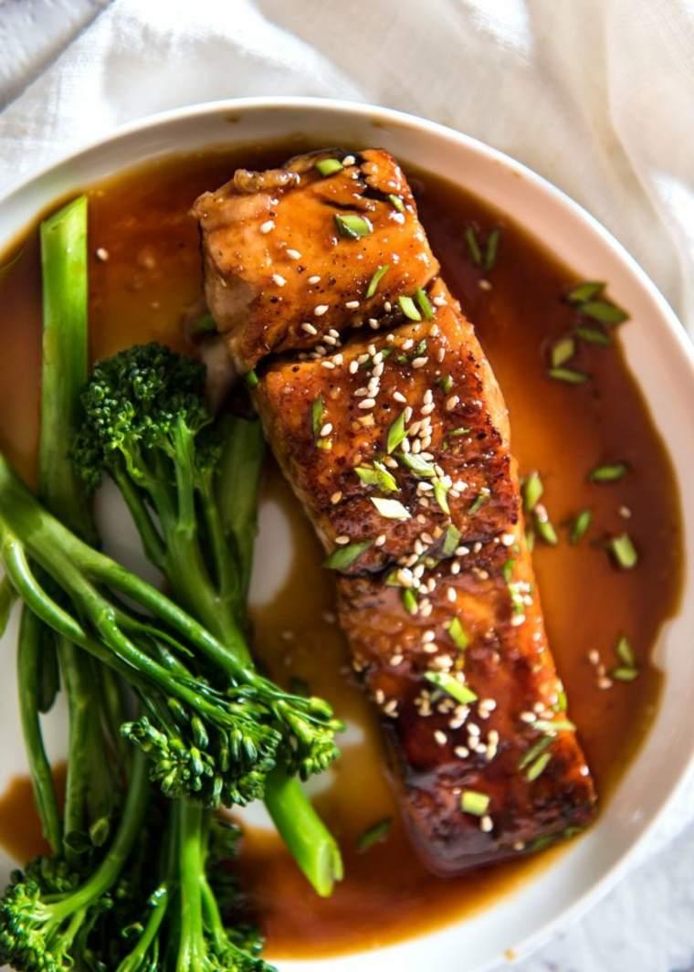 receta de salmon con-salsa