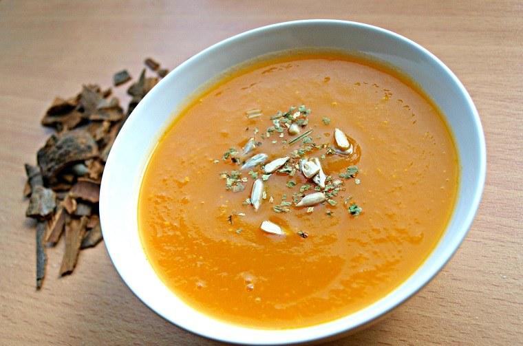 recetas-faciles-y-sanas-comida-sopa-calabaza