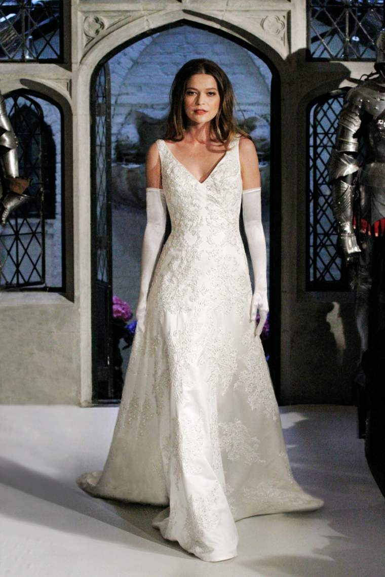 vestido-novia-opciones-Oleg-Cassini