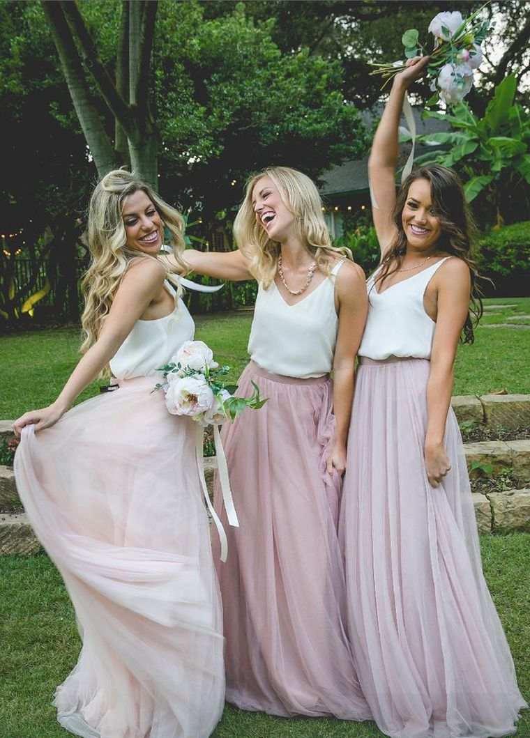 955ad07f3 View in gallery vestidos-dama-honor-belleza-rosa-blanco Vestidos de dama de  honor – 100 modelos para elegir el mejor para el gran día ...