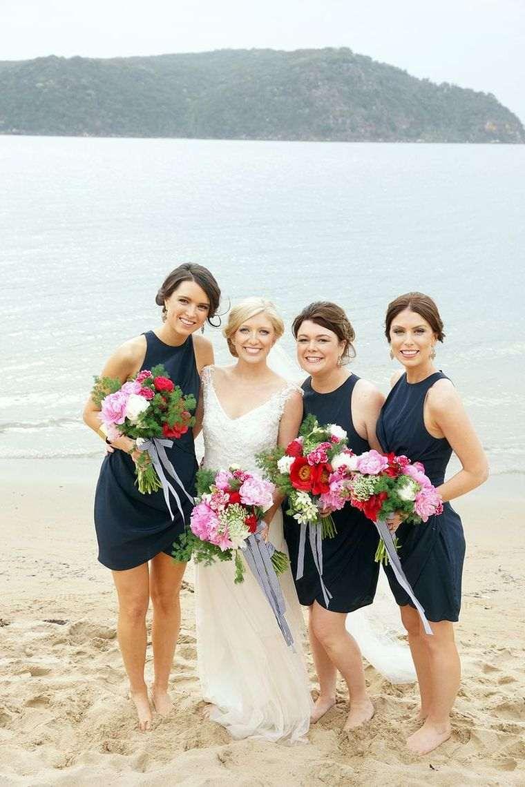 vestidos-dama-honor-negros-modernos-boda-playa
