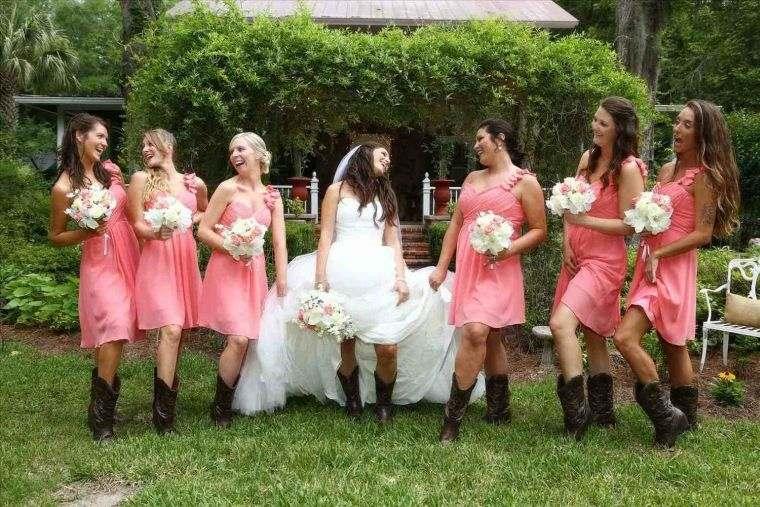 vestidos-de-dama-de-honor-modelos-rosa-cortos