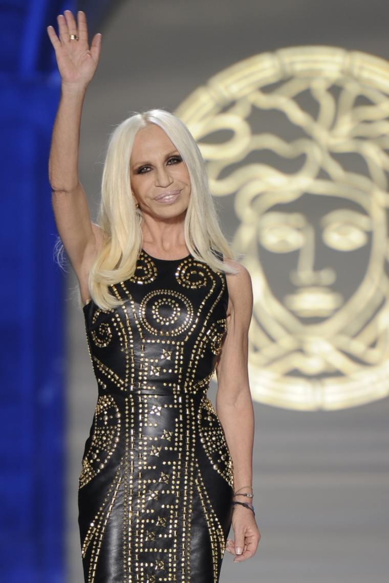 Donatella Versace-fotos-pasarela-modelos-disenos