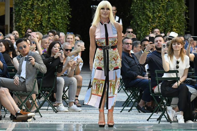 Donatella-Versace-icono-moda-femenina