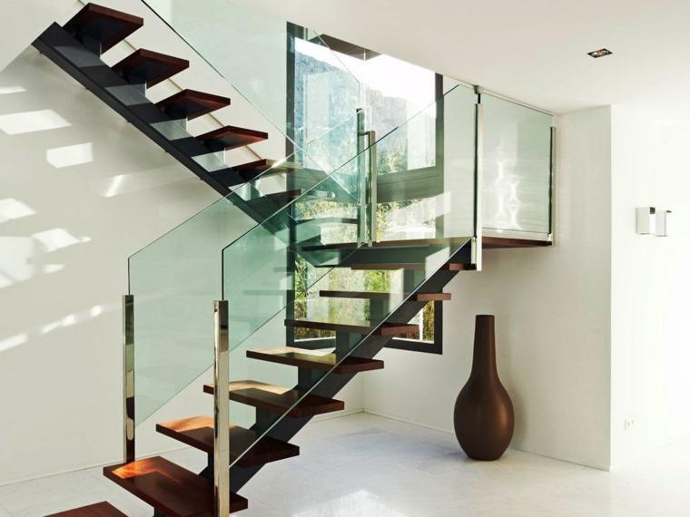 Escaleras modernas de interior c mo elegir las barandillas correctas - Barandas de hierro modernas ...
