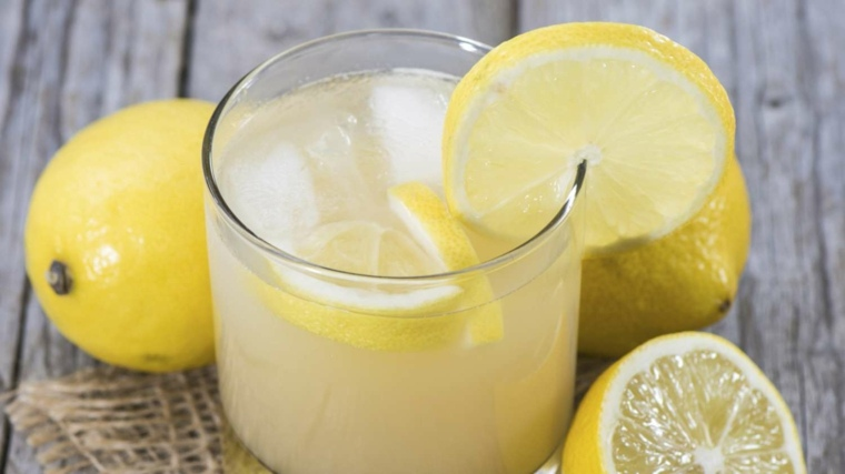 bebidas alcoholicas preparadas-casa-zumo-limon