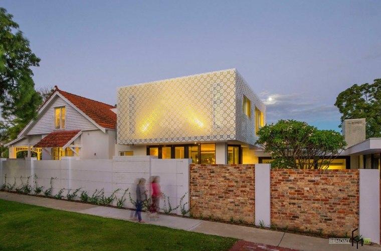 Diseño minimalista fachada de encaje