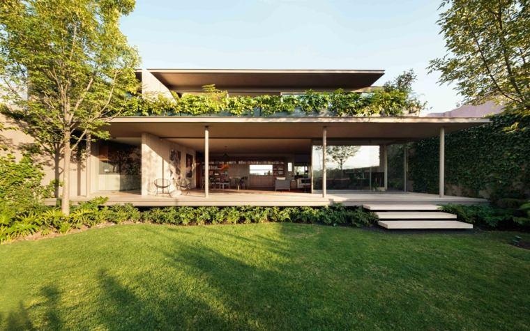 La Casa Caúcaso jardin
