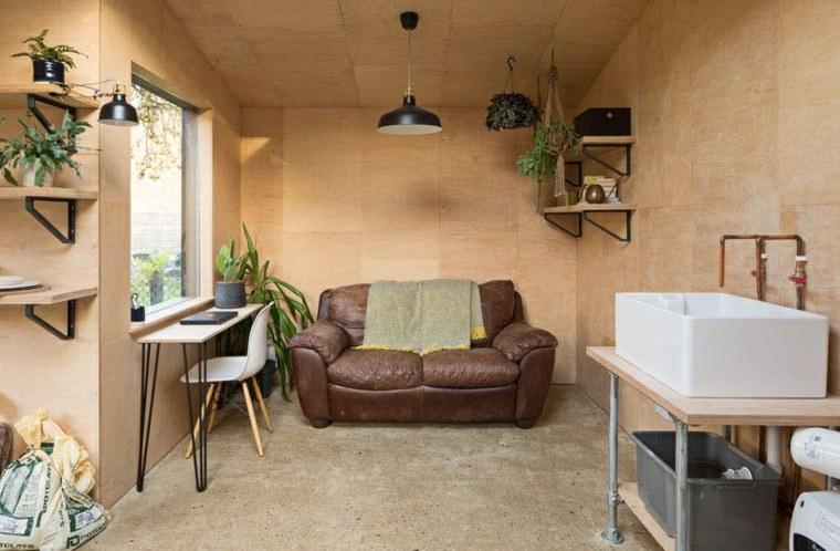 cobertizo-moderno-sofa-cuero-espacio