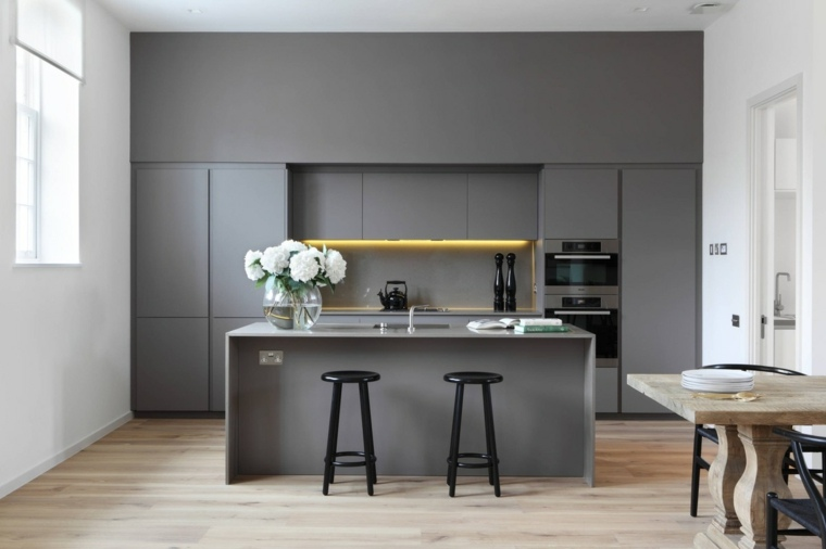 cocina-color-gris-muebles-diseno-estilo