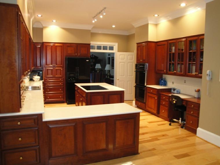 Cocinas de madera de aliso