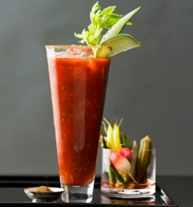 coctel-bloody-mary-preparar-resized