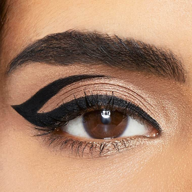 como aplicar eyeliner-efectos