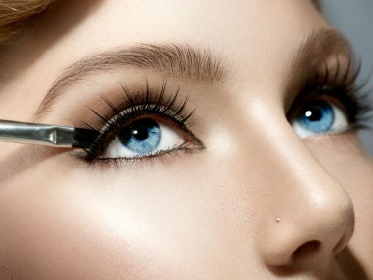 como aplicar eyeliner-facil-casa