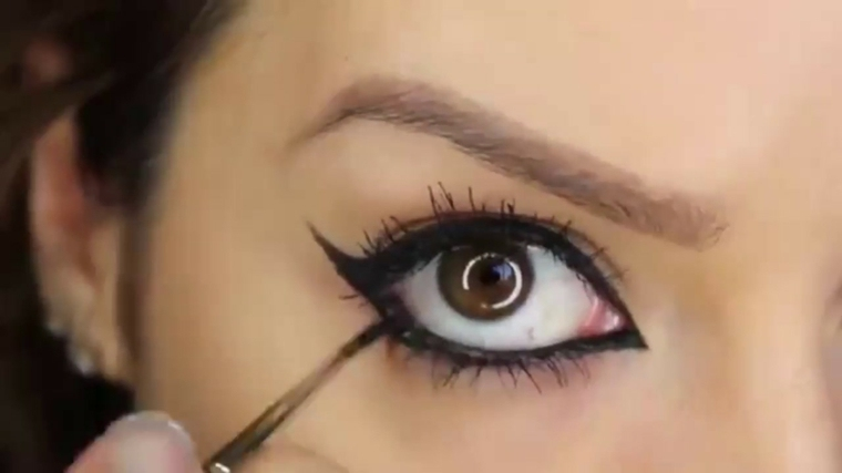 como aplicar eyeliner-parpado-inferior