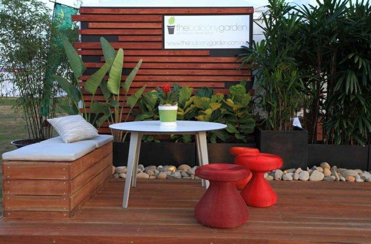 decorar con cojines-terraza-casa