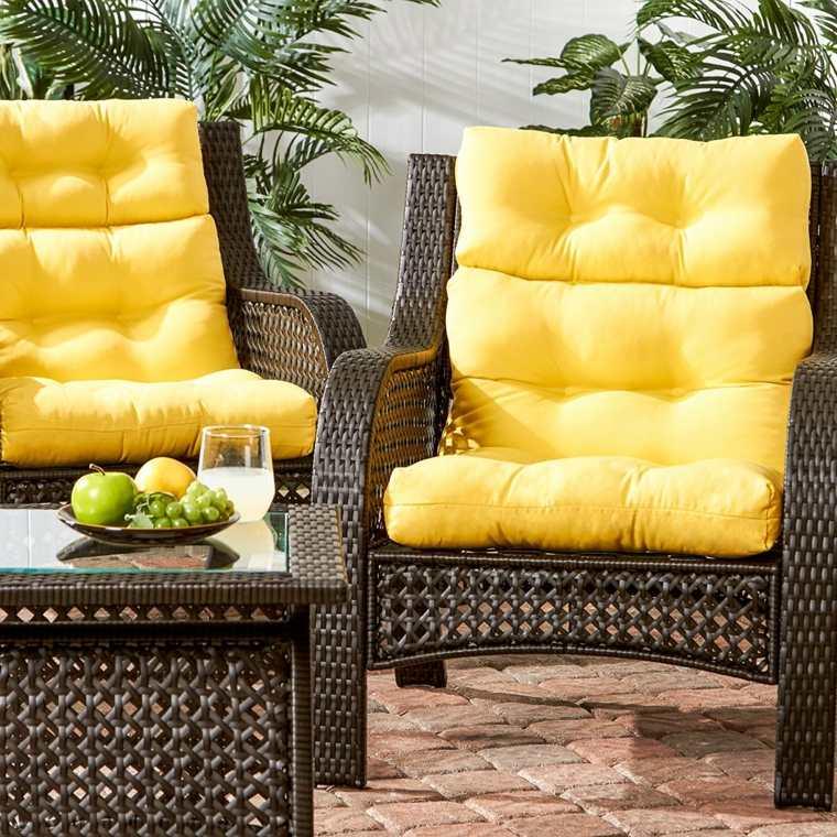 decorar sofa con cojines-exterior