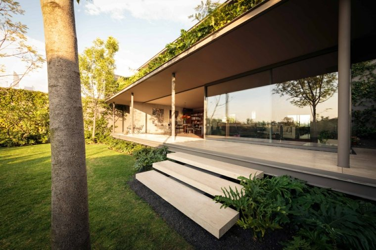 La Casa Caúcaso patio