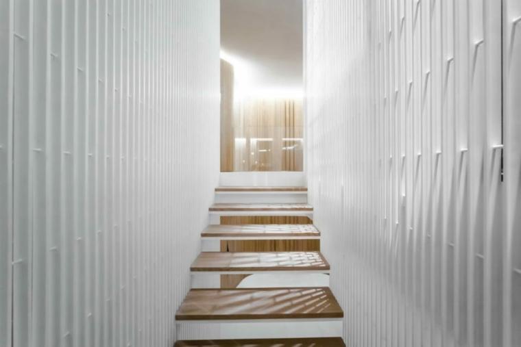 diseño-moderno-wadi-penthouse-escalones-iluminados