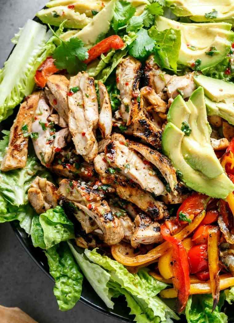 ensalada de pollo-preparacion
