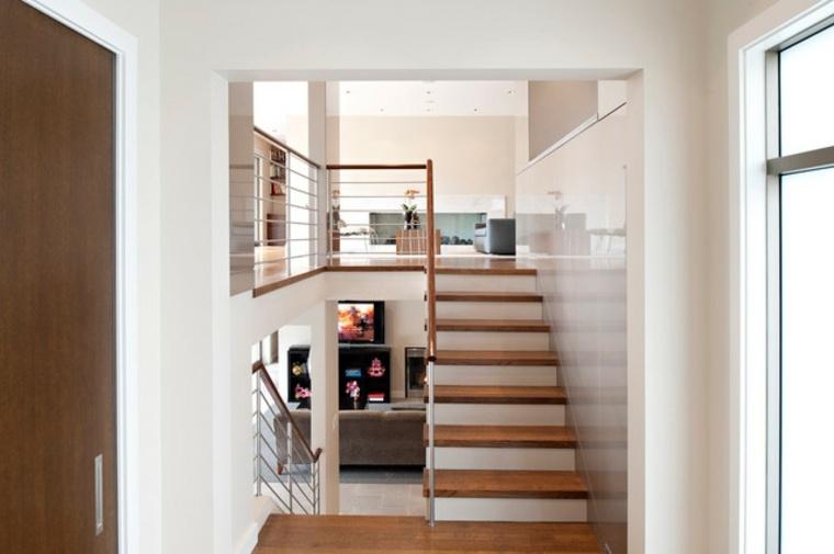 diseños de interiores modernos con escaleras